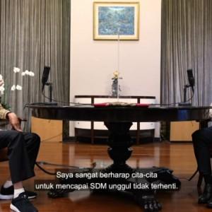 """""""Ngetes"""" Nadiem, Jokowi Tanyakan Filosofi Pendidikan Ki Hajar Dewantara"""