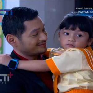 Sinopsis Ikatan Cinta 2 Mei 2021, Akankah Nino Mengetahui Siapa Ayah Reyna?