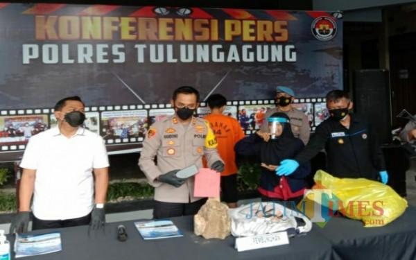 AKBP Handono Subiakto saat konferensi pers ungkap kasus pembunuhan TKP JLS. (Foto: Istimewa)