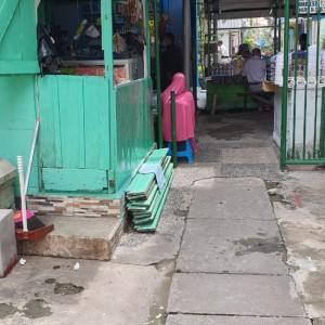 Janda Satu Anak Dilarang Pemerintah Berjualan di Surabaya, Videonya Viral