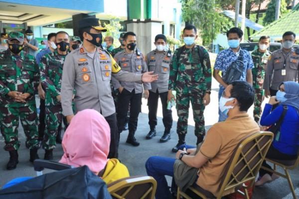 Pekerja Migran Indonesia saat menjalani isolasi