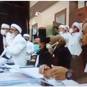 Momen Habib Rizieq Dicecar Hakim soal Teroris hingga Tokoh ISIS, Ngaku Tahu dari Media