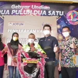 Berkah Ramadan, Customer Setia Graha Bangunan Menangkan Sepeda Motor dari Jotun