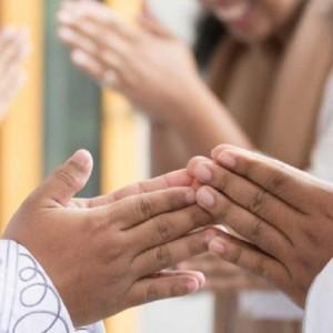 Doa saat Bertemu Sesama Muslim di Hari Raya Idul Fitri!