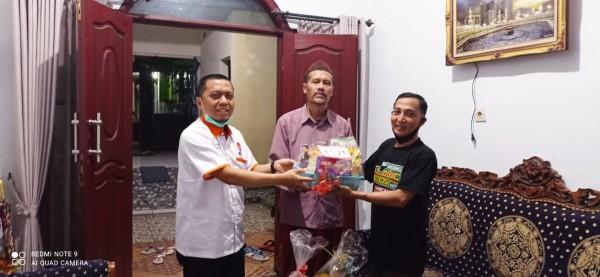 Berkah-Ramadan-Fraksi-PKS-DPRD-Kota-Malang-Berbagi-Bingkisan-di-Kecamatan-Lowokwaru-2445e7dabb70da02b.jpg