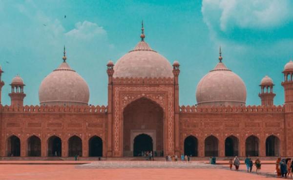Masjid Badshahi (Foto: TNS World)