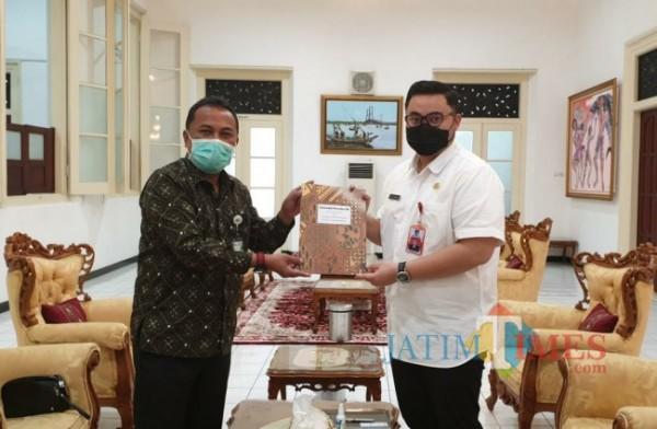 Bupati Kediri menerima kunjungan Kepala BPJS Kediri.(ist)