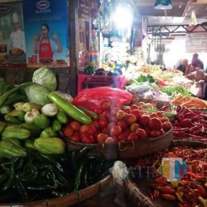 Jelang Hari Raya Idul Fitri, Harga Sembako dan Daging di Pasar Kepanjen Relatif Stabil