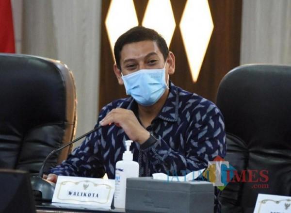 Wali Kota Kediri Abdullah Abu Bakar saat berdiskusi dengan Forkopimda dan tokoh agama.(ist)