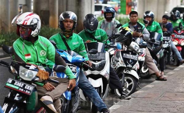 Ojek online (Foto: Bisnis.com)