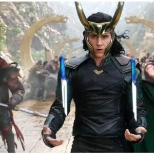 Tom Hiddleston Umumkan Jadwal Tayang Baru Serial Loki