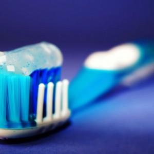 Atasi Sakit Gigi karena Makanan Manis, Ini Cara Yang Bisa Dicoba di Rumah
