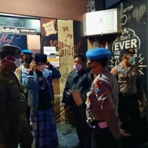 Polres Gelar Yustisi Prokes, Kali Ini Sasarannya Sejumlah Cafe di Lumajang