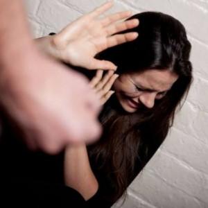 Kasus Kekerasan Perempuan dan Anak Fluktuatif, Dinsos-P3AP2KB Kota Malang Ajak LSM Beri Sosialisasi