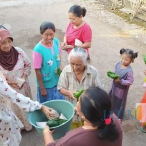 Tradisi Unik Jelang Akhir Ramadan di Bondowoso, Masyarakat Berburu Nasi Bungkus