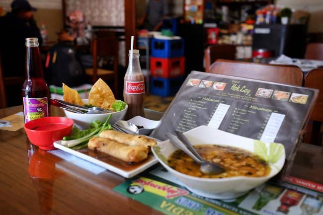 Sajian menu di Depot Hok Lay.