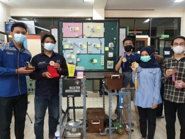 Lima Mahasiswa FT UB pembuat alat pengolah limbah cair panas (Foto: Duta.co)
