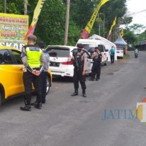 Di Lumajang, 2.311 Kendaraan Dipaksa Putar Balik, Dua Diantaranya Bus