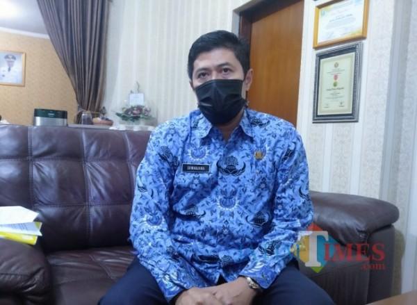Kepala Disdikbud Kota Malang, Suwarjana SE MM (Anggara Sudiongko/ MalangTIMES)