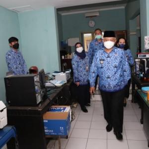 Sidak Kehadiran Pegawai, Wabup Malang Didik Ingatkan Bahaya Korupsi Waktu