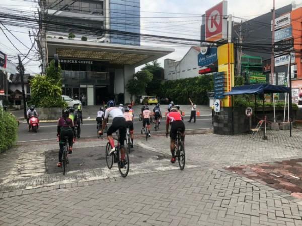 Para atlet balap sepeda ikuti tes seleksi program pelatnas SEA Games Vietnam 2021 di Jogja, Selasa (18/5/2021). (foto istimewa)
