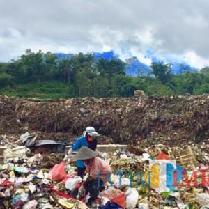 Sampah Rumah Tangga Mendominasi, Libur Lebaran DLH Kota Batu Angkut 117 Ton Per Hari