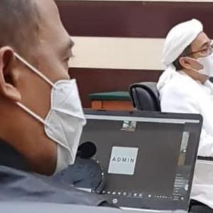Habib Rizieq Menangis Baca Pleidoi di Sidang hingga Klaim Diserang BuzzerRp, Intelijen Hitam dan Dukun