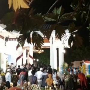 Viral Gubernur Khofifah Gelar Pesta dengan Berkerumun, Warganet:Jangan Salahin Warga Jatim Kalau Nongki