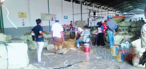 Salah satu gudang tembakau yang ada di Kabupaten Pamekasan (Foto: Doc.JatimTimes.com)
