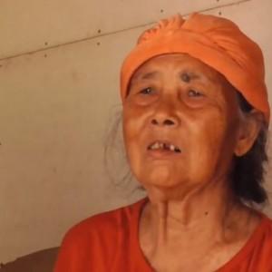 Kisah Pilu Nenek 80 Tahun Harus Jalan ke Hutan 5 Km Demi Mencari Makan