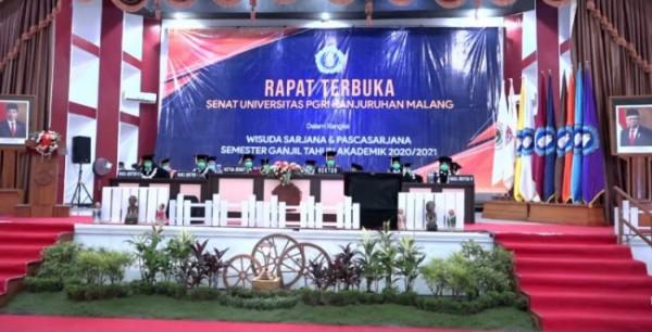 Universitas PGRI Kanjuruhan Malang gelar wisuda daring program sarjana dan pascasarjana semester ganjil tahun akademik 2020/2021, Sabtu (22/5/2021) (foto: istimewa)