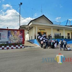 Pemkab Jember Akan Perbaiki Sektor Wisata untuk Hidupkan Bandara  Notohadinegoro