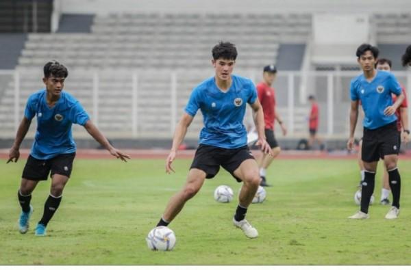 Elkan Baggott Pemain asal Indonesia yang bermain klub Ipswich Town, Inggris (foto istimewa)