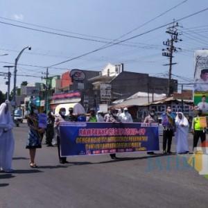 Melihat Kerja Keras TNI-Polri Menyadarkan Bahaya Covid-19 kepada Masyarakat di Jember