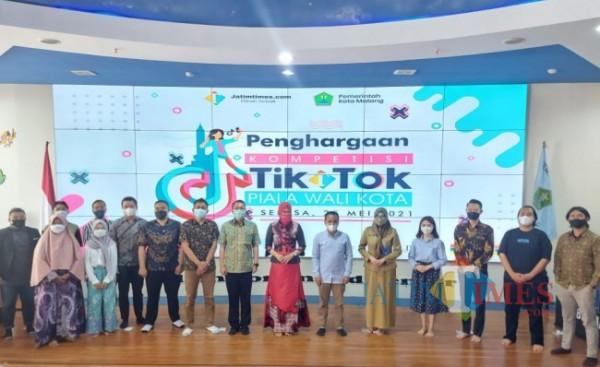 Suasana acara penghargaan Kompetisi TikTok Piala Wali Kota Malang 2021 di NCC Balai Kota Malang, Selasa (25/5/2021). (Tubagus Achmad/MalangTIMES).