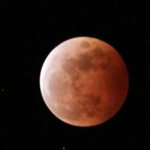 Fenomena Gerhana Bulan Total Merah Bertepatan Hari Raya Waisak Bisa Disaksikan Mulai Pukul 18.09 WIB