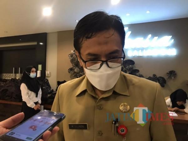 Kepala Diskopindag Kota Malang Muhammad Sailendra saat ditemui awak media di Hotel Savana Kota Malang, Selasa (25/5/2021). (Foto: Tubagus Achmad/MalangTIMES)