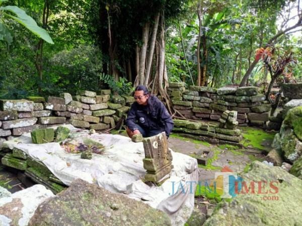 Makam Ki Ageng Sengguruh di Desa Aryo Jeding, Kecamatan Rejotangan, Kabupaten Tulungagung.(Foto : Aunur Rofiq/BlitarTIMES)