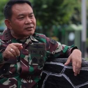 Sepak Terjang Mayjen Dudung di Militer, Dulu Loper Koran Kini Jadi Pangkostrad!
