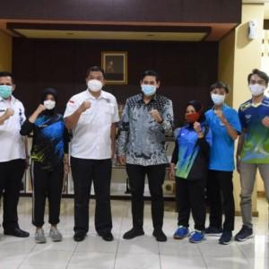 """Wali Kota Kediri Ajak Masyarakat Dukung Atlet Tenis Meja di Turnamen BNN Nasional """"Smash On Drug"""""""