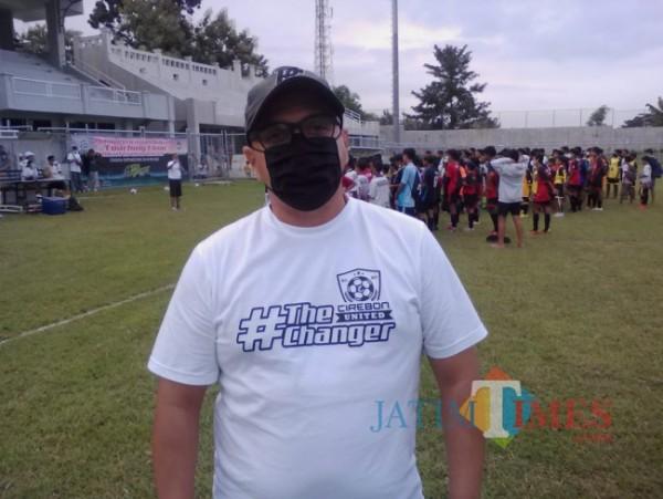 Fabio Olivera, Direktur Teknik Diklat Sepakbola Cirebon United di Stadion Diponegoro Banyuwangi (Nurhadi Banyuwangi/ JatimTIMES)