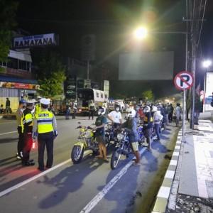 Balap Liar di Jalur Protokol, Puluhan Pemuda di Blitar Digiring ke Kantor Polisi