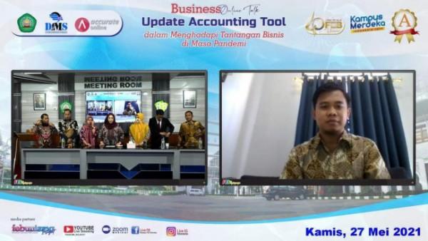 "Suasana kegiatan Business Online Talks ""Update Accounting Tools Di Masa Pandemi"" (Ist)"