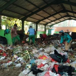 Berdiri Sejak 2017, Penggerobak SPA Velodrome Kurangi Sampah 12 Ton Per Hari