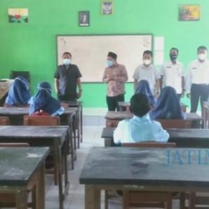 Pimpinan Komisi D Tegaskan Bagi Guru yang Tidak Ikut Vaksinasi Agar Tidak Diberi Jatah Mengajar