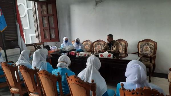 Wakil Ketua Fraksi PKS Kota Malang yang juga Sekretaris Komisi D DPRD Kota Malang, H Rokhmad saat memberikan sambutan dalam Raker Himpaudi (Ist)