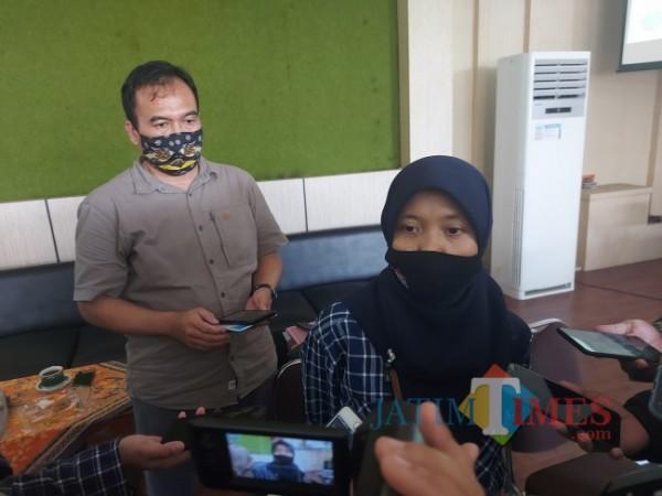 Pelaksana Tugas (Plt) Kepala Balai Besar Taman Nasional Bromo Tengger Semeru Novita Kusuma Wardani ketika ditemui awak media, Sabtu (5/6/2021). (Foto: Tubagus Achmad/MalangTIMES)