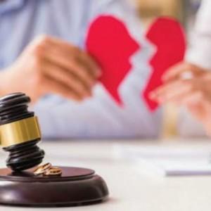 Kisah Suami di Tulungagung yang Bingung Dicerai Istri Tercinta dari Luar Negeri