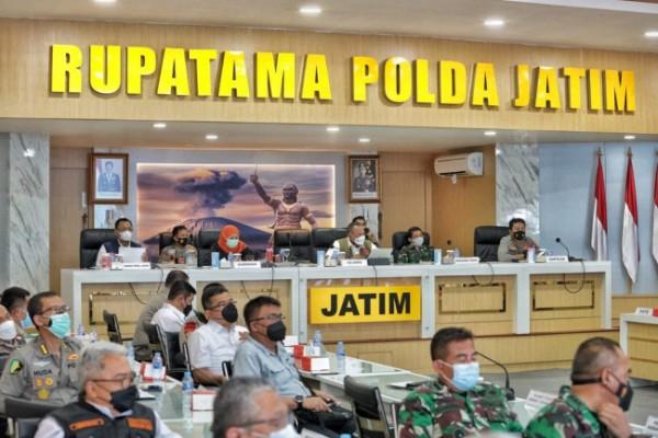 Rapat koordinasi forkopimda di Gedung Rupatama Mapolda Jatim (Foto: Istimewa).