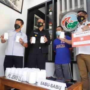 Edarkan Obat Terlarang, Pemuda Asal Madiun Ditangkap di Kediri